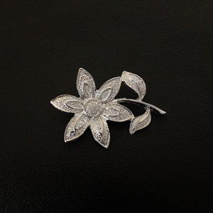 Vintage Gerry's Daisy Flower Floral Figural Brooch